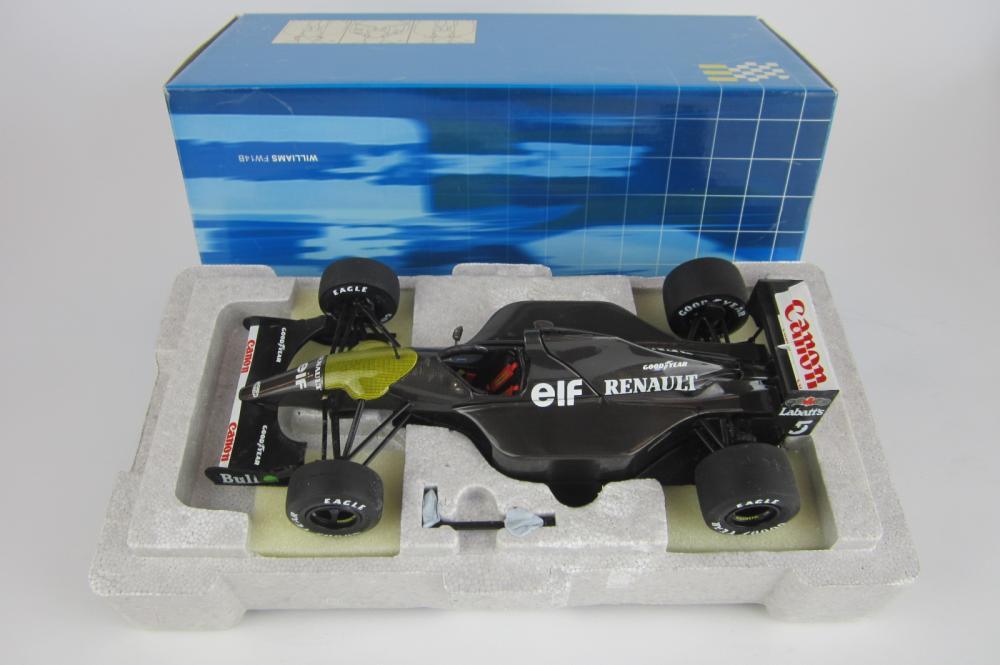 WILLIAMS FW14B: A 1:18 scale Williams FW14B Carbon Fibre